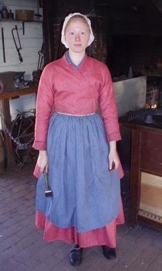 Working women's clothing, late 18thC Colonial. Colonial Williamsburg.