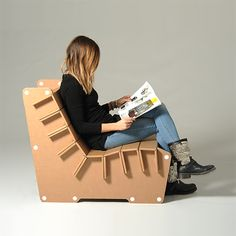 Anita is a corrugated cardboard armchair, perfect to furnish any type of space. The slats structure makes it strong and lightweight at the same time. It is easy to assemble thanks to the practical interlocking system. #armchair #ecofriendlydesign http://eco-and-you.com/shop/anita/
