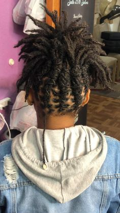 Dreads Short Hair, Dreads With Undercut, Short Locs Hairstyles, Black Girl Braided Hairstyles, Goddess Hairstyles, Dyed Dreads, Dreadlocks Girl, Natural Hair Updo, Natural Hair Styles