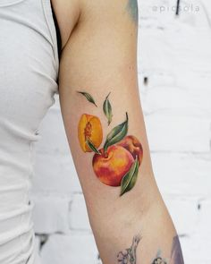 Watercolor peaches inked on the left arm by tattooist picsola Peach Tattoo, O Tattoo, Ankle Tattoo, Chest Tattoo, Piercing Tattoo, Color Tattoo, Piercings, Left Arm Tattoos, Cool Arm Tattoos