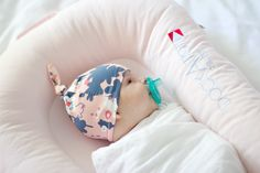 DIY Baby Knot Hat   See Kate Sew (FOR) Gugu Guru (with template)