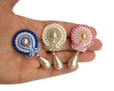 Soutache earrings - great wedding idea for bride and bridesmaids - perfect for friends or sisters - Handmade Jewelry - Mystic Flowers Pearl Fabric Jewelry, Diy Jewelry, Jewelery, Handmade Jewelry, Jewelry Making, Small Earrings, Tassel Earrings, Stud Earrings, Soutache Jewelry