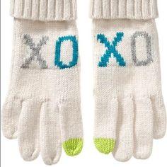 XO Cream Mittens NWT cream knit mittens Old Navy Accessories Gloves & Mittens