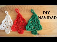 YouTube Crochet Earrings, Christmas Decorations, Knitting, Diy, Xmas Trees, Youtube, Wreaths, Farmhouse Rugs, Bathroom Mat