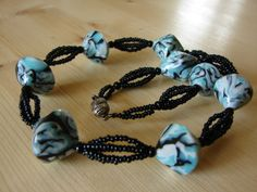 Žíhané bikony Beaded Bracelets, Jewels, Gallery, Fashion, Moda, Jewelery, Jewelry, Pearl Bracelets, Jewel