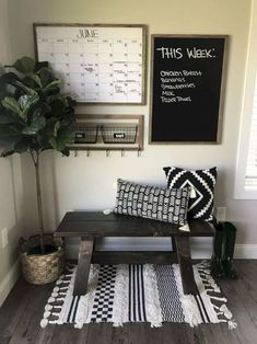 26 amazing living room wall decor ideas that you must know 00022 Diy Home Decor Rustic, Easy Home Decor, Decor Diy, Room Decorations, Room Wall Decor, Living Room Decor, Small Apartment Decorating, Home And Deco, Apartment Living