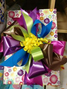 Wraps, Gift Wrapping, Bows, How To Make, Diy, Gifts, Color, Craft, Gift Bows