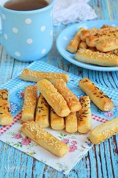 Gabriella kalandjai a konyhában :): Sós rudacskák - könnyű, gyors, kiadós Tapas, Cookie Recipes, Dessert Recipes, Savory Pastry, Hot Dog Buns, Nutella, Deserts, Food And Drink, Bread