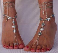 Elfenbein und Silber ethnischen BAREFOOT SANDALS Fuss Schmuck Hippie Sandalen Zehe Ring Fußkette häkeln barfuß Stammes-Sandalen Yoga Strandhochzeit