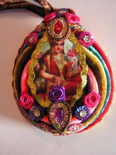 india necklace. €50.00, via Etsy.