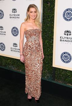 Ahead of Tonight's Red Carpet, Golden Globes Style Is Already Lit Amber heard added Vita Fede jewels to her sequined gown at the Art of Elysium gala. Amber Heard Bikini, Amber Heard Style, Strapless Dress Formal, Formal Dresses, Long Dresses, Pretty Dresses, Carpet Trends, Carpet Ideas, Carpet Styles