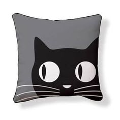 Kitty pillow - this would also be a cute pillow for Halloween.