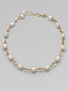 Jewelry Design Earrings, Gold Earrings Designs, Pearl Jewelry, Beaded Jewelry, Jewelry Accessories, Jewelry Necklaces, Jewellery, Fashion Bracelets, Fashion Jewelry
