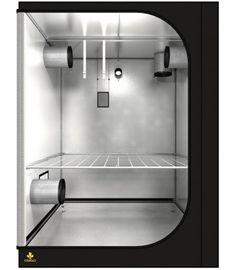 Solide Box, gute Ausstattung. Grundfläche: 150cm x 150cm Töpfe (Empfehlung): max. 36 Töpfe von je 11 Liter Licht (Empfehlung): 2x 600W NDL oder 1000W NDL oder 4x hydroca 280W LED Abluft (Empfehlung): 160er Flansch Grow Boxes, Led, Dark, Street, Walkway