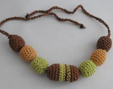 Nursing Necklace - maro/verde