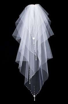 Sweep White #Veils Style Code: 07919 $24.99