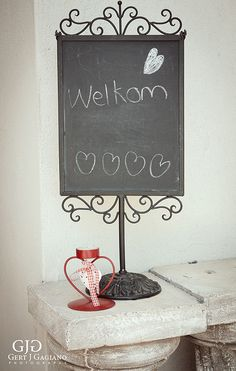 Kitchen Tea details at 2 Sisters. The cute welcome sign welcome the guests. #kitchentea #party #event #detail #photography #gertjgagiano