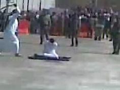 Exécution par décapitation en Arabie Saoudite © privé http://www.amnesty.fr/Nos-campagnes/Abolition-de-la-peine-de-mort/Actualites/Arabie-saoudite-nombre-record-executions-depuis-le-debut-de-annee-14533?utm_source=twitter&utm_medium=reseaux-sociaux
