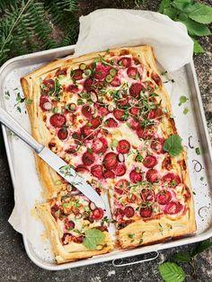 Suolainen feta-mansikkapiirakka | Leivonta, Pizzat ja piirakat, Juhli ja nauti, Suolainen leivonta | Soppa365