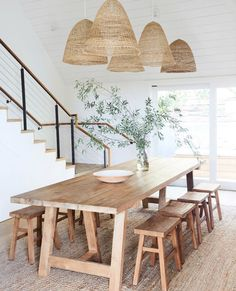 60 Easy Rustic Farmhouse Dining Room Makeover Ideas - Page 3 of 60 - Choti Decor Dining Room Sets, Dining Room Design, Dining Area, Beach Dining Room, Dining Chairs, Dinning Room Rugs, Wood Dinning Room Table, Living Room Lamps, Dinning Room Ideas
