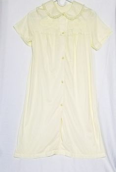 15e7dc8300 Vintage Nancy King Yellow Gown Size Small Button Up Floral Lace Trim Nylon  Satin  NancyKing