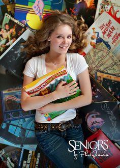 Endless Summer: Music senior picture ideas for girls #seniorpictureideas #seniorsbyphotojeania