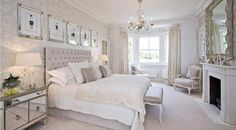 ACHICA   Dreamy White Bedroom