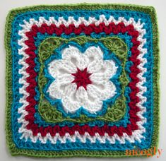 Flower Tile Afghan Square - the latest free #crochet pattern in the Moogly Crochet-a-Long!