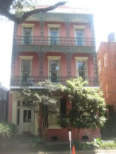 Southern Folk Artist & Antiques Dealer/Collector: Walking around Old New Orleans, Louisiana part 1