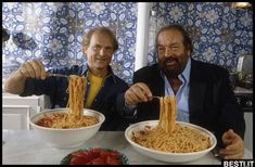 Carlo Pedersoli (Bud Spencer) & Mario Girotti (Terence Hill) Meeting in Rome Al Pacino, Movie Duos, Bud Spencer Terence Hill, Spaghetti, For You Song, People Eating, About Time Movie, International Recipes, Good Movies