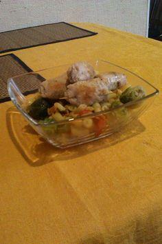 Куриные рулеты с грибами и овощами - http://dolcebello.ru/osnovnoe-menyu/vtorye-blyuda/kurinye-rulety-s-gribami-i-ovoshhami/