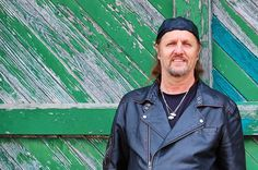 Ep253  - Jimmy LaFave - Jimmy LaFave plays tracks from The Night Tribe and talks about the origins of that band name, his open mic pet peeves and the early Red Dirt Music scene.  Also on this episode, I've got the new soul album from Amy Black, the new Hot Texas Swing Band, rock & roll from Ryan Bingham. twangy rock from Shinyribs, jump blues from Eight O'Five Jive, and indie rock from Ike Reilly.