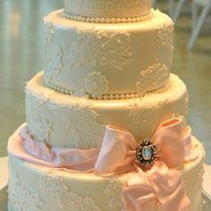 wedding cake; bow=adorable.