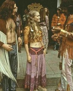 refresh ask&faq archive theme Welcome to fy hippies! This site is obviously about hippies. There are occasions where we post things era such as the artists of the and the most famous concert in hippie history- Woodstock! Fashion 60s, Trendy Fashion, Boho Fashion, Vintage Fashion, 60s Hippie Fashion, 1960s Fashion Women, Nomad Fashion, Fashion Check, Fashion Today