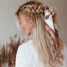 36 Pretty Chic Braided Hairstyles For Every Hair Type braids;easy braids… 36 Pretty Chic Braided Hairstyles For Every Hair Type braids;up style; Braided Hairstyles Updo, Box Braids Hairstyles, Pretty Hairstyles, Hairstyle Ideas, Braided Locs, Hairstyles 2018, Easy Hairstyle, Fashion Hairstyles, Hair Ideas