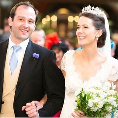 Richard Maxey weds the Hon. Alice Beaumont, second daughter of Lord and Lady Allendale of Bywell Castle, 8th June 2014. The bride wore a diamond arthemion motif tiara, with central button pearls and floral diamond spacers