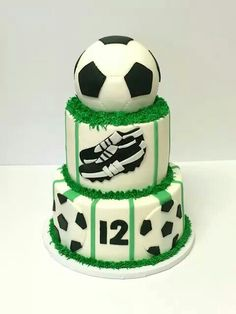Football / soccer cake