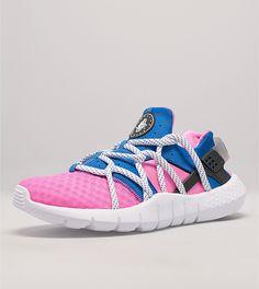 purchase cheap cadf5 07d92 Nike Huarache NM Nike Air Huarache, Huaraches, Trainers, Sick, Sweatshirt,  Sneakers