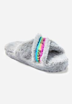 f66ecaf08e3a 18 Best Fuzzy sandals images