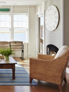 It was built in 2007, but this New Jersey home has the look of a century-old beach cottage, thanks to some good old-fashioned design moves. HGTV Magazine shows you around.