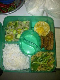 My hubb6 lunch box....