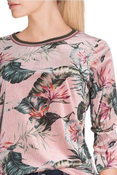Vergroot - Lichtroze fluwelen T-shirt met bladerprint