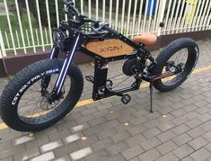 Electric Cruiser Bikes and Electric Skateboards are getting more affordable each day. There is so much different ebike and e-skate models to choose from Cruiser Bicycle, Motorized Bicycle, Motor Cruiser, Bicycle Rack, Electric Skateboard, Electric Bicycle, Electric Scooter, Velo Retro, E Skate