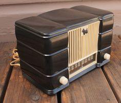 Antique-Vintage-Art-Deco-Bakelite-Remler-5500-Scottie-Dog-Scotty-Tube-Radio