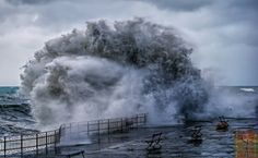 Big sea wave by Roberto Zanleone on 500px