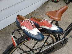 Mens Red White and Blue size 11 Wingtips by travillian on Etsy