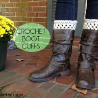 Crochet boot cuffs || free pattern