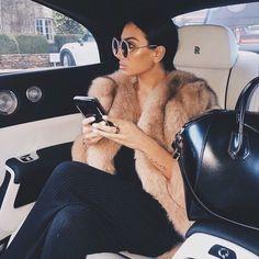Luxusreisen - just luxux Boujee Lifestyle, Wealthy Lifestyle, Luxury Lifestyle Fashion, Luxury Fashion, Billionaire Lifestyle, Travel Fashion, Italian Lifestyle, Mode Outfits, Fashion Outfits