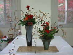 ... Ikebana Flower Arrangement, Floral Arrangements, Church Flowers, Flower Designs, Natural, Glass Vase, Floral Design, Garden, Modern