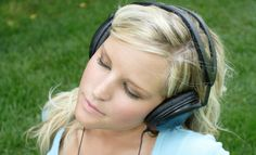 Free Wellbeing Podcasts from the Mental Health Foundation on fear and anxiety, mindfulness and relaxation...